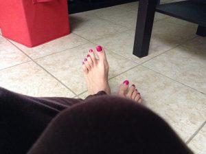 Nalakované nechty na nohách